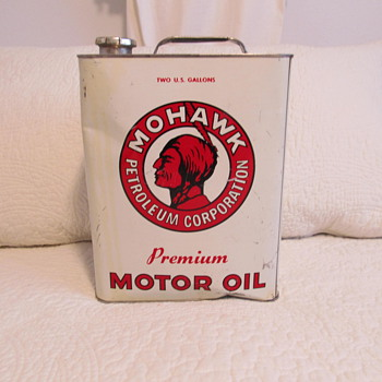 Mohawk motor oil can..