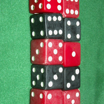 Vintage Bakelite Dice ~ Red & Black