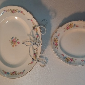 Homer Laughlin  - China and Dinnerware