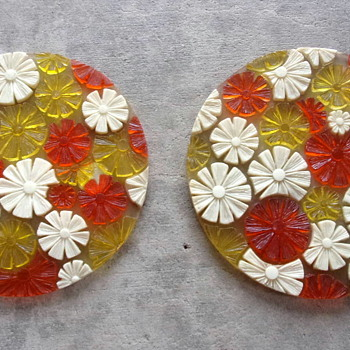 Vintage Flower Trivets by Edward Beyer Designs 1969 - Kitchen