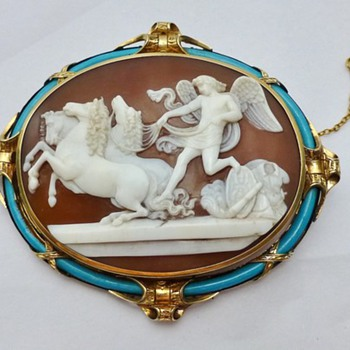 Fine gold and turquoise  Mars cameo with horses - Victorian Era