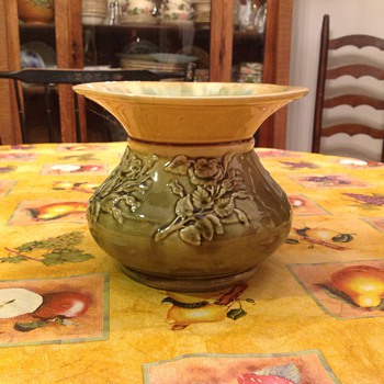 spittoon   - Art Pottery