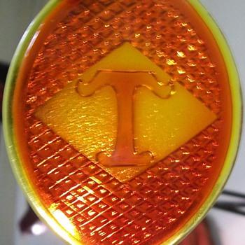 Diamond T taillight lens - Classic Cars