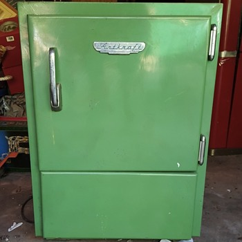 Artkraft Vintage cooler - Need more info