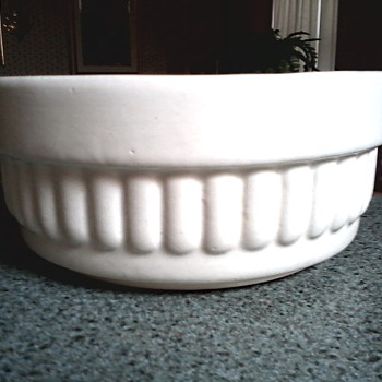 Haeger Satin White Planter Dish / Marked #158 USA / Circa 1950's-60's - Art Pottery