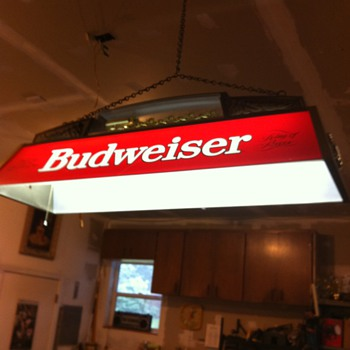 Early 80&#039;s Budweiser clydesdale pool table light - Breweriana