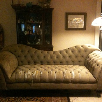 Name this sofa Please!!! - Furniture
