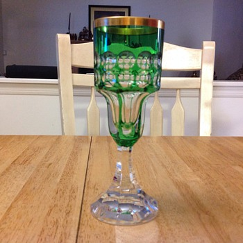 royal 1972 green glass