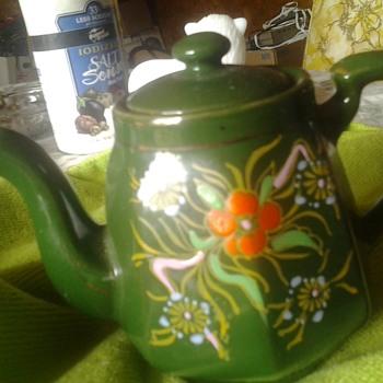 made in.japan teapot