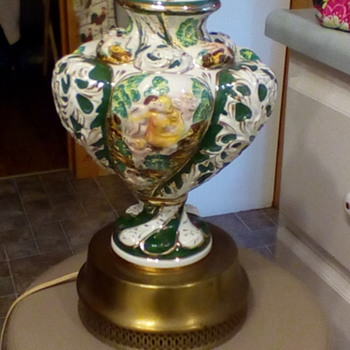 Capodimonte style Lamp