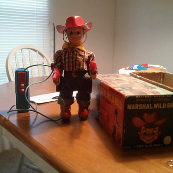 1957 Japan made Marshal Wild Bill tin toy still works  - Toys