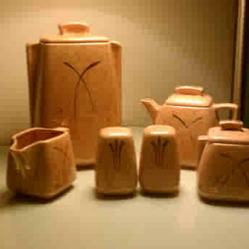 Stanford Art Pottery - Tragedy - Kitchen