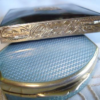 A sterling guilloche enamel box - Sterling Silver