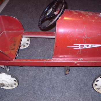 PEDAL CAR YEAR AND MAKER  ???