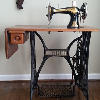 "1911 Singer ""Sphinx"" Treadle Sewing Machine - Sewing"