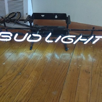 Vintage bud light neon sign - Breweriana