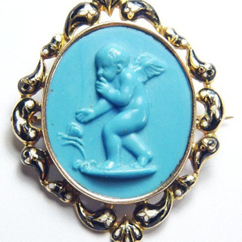 Turquoise Eros and Psyche cameo with enameled frame - Victorian Era