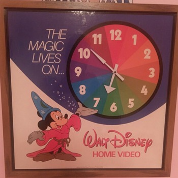 1982 Mickey Mouse wall clock