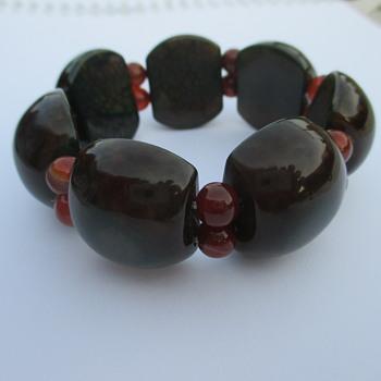 Heavy bracelet - Costume Jewelry