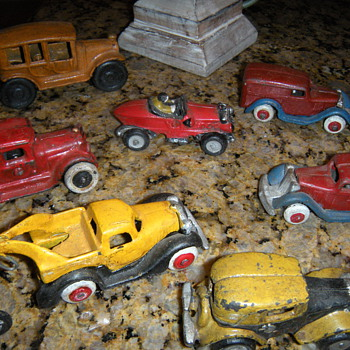 many toy cars