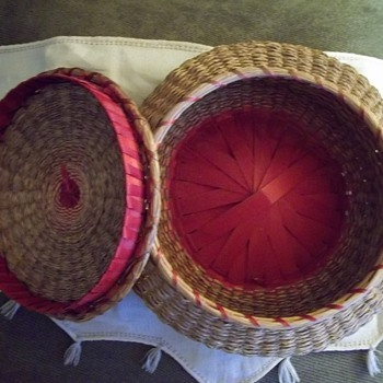 Native American Passamaquoddy Urchin Basket