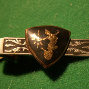 "Vintage ""Shield"" Tie-Clip - Accessories"