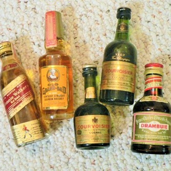 SMALL  LIQUOR BOTTLES - Bottles