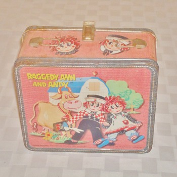 1973 Raggedy Ann and Andy Lunch Box
