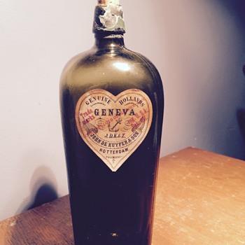 Antique gin bottle Geneva Holland Wisconsin. Needs date.  - Bottles