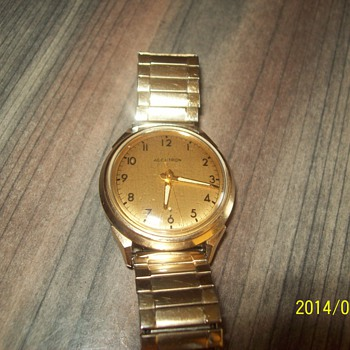 My Wacth; RE: 1960 Series Accutron, 14 ct Gold - Wristwatches