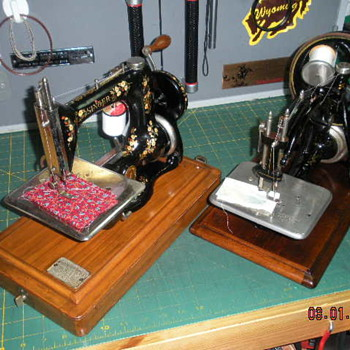 """Hand Crank - Chain Stitch"" Rivals - Sewing"
