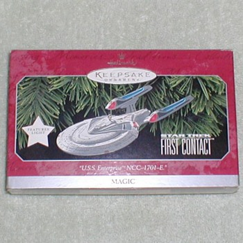 Hallmark Christmas Ornament - Star Trek - Christmas