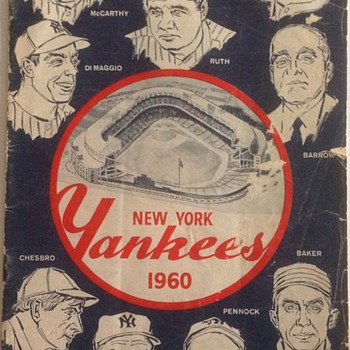 NEW YORK YANKEE'S 1960 OFFICIAL PROGRAM AND SCORECARD  - Baseball