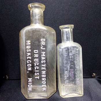 Short-Lived Druggist - Bottles