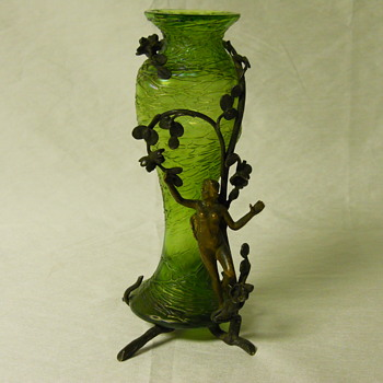 Art Nouveau Nude Angel Jungenstil period, Mounted Threaded Vase, Circa 1900 - Art Glass