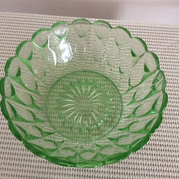 Green Depression glass bowls.