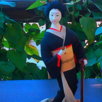 Shamisen player with black kimono - Dolls