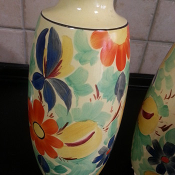 Floral vases - Art Pottery