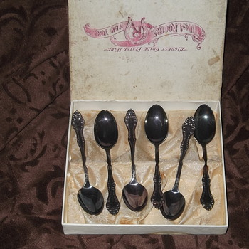 Wm A. Rogers Silverplated Demitasse Spoons