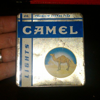 Camel Light cigarette tin