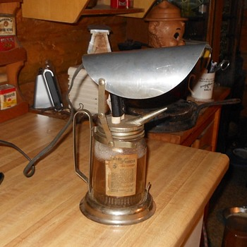 Renwal Electric Vaporizer No. 5 1930s