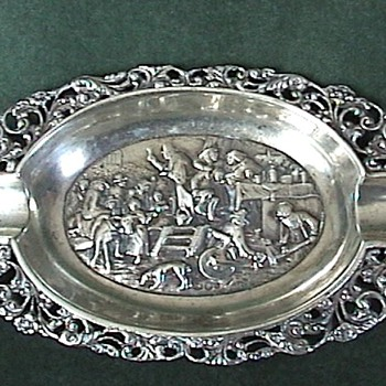 Dutch Sterling ~ Repousse & Ajoure 'Ash Tray' 1911 - Sterling Silver