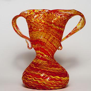 tango vase - Art Glass