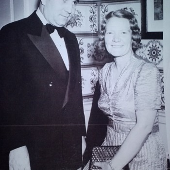 LAWRENCE DALE BELL, (LARRY BELL), FOUNDER OF BELL AIRCRAFT,  AND WIFE, LUCILLE MAINWARING BELL, RARE PHOTOGRAPH