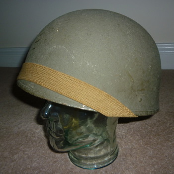 WW11 Canadian tank crew steel helmet. 1942.