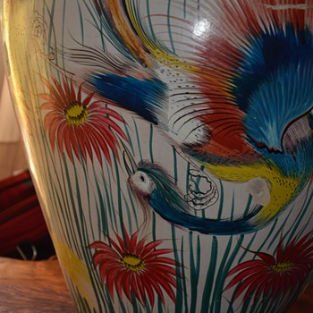 Very large Mexican Urn - burnished birds of paradise - Tonala? Tlaquepaque? - Art Pottery