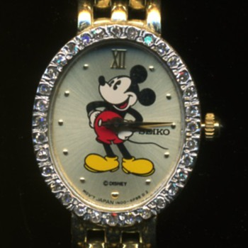 Mickey & Company 14K Gold Woman's Watch Diamonds Around Face