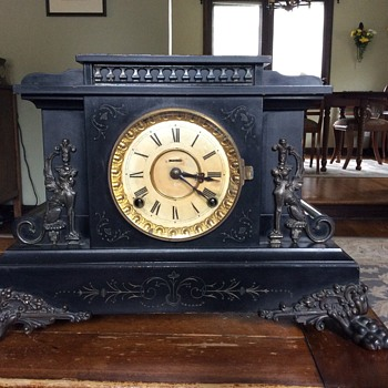 Mantel Clock...tell me about it please - Clocks