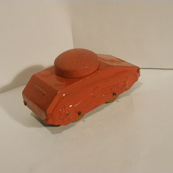 Marx Critter Tank for 1938-42? army train set. Pressed steel and Wood.  - Model Cars