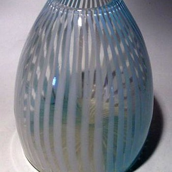 CHINESE -- Art Glass ( Modern )